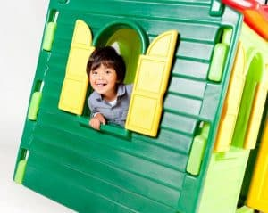 Little Tikes Country cottage evergreen playhouse window