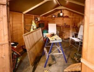 The Billyoh 4000 Tongue & Groove Apex Shed 16X10 internal view