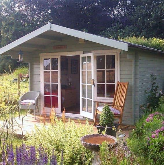 Shire Cannock Wooden Log Cabin Featured