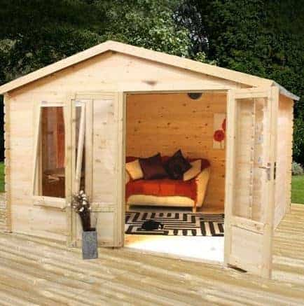 2.6m x 3.3m 19mm Log Cabin