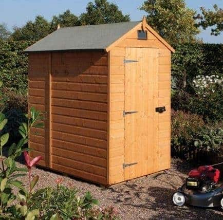 7' x 5' Rowlinson Deluxe Shiplap Security Shed