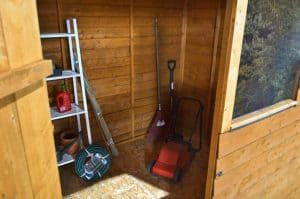 8x6 Shed-Plus Overlap Reverse Apex Shed Internal View