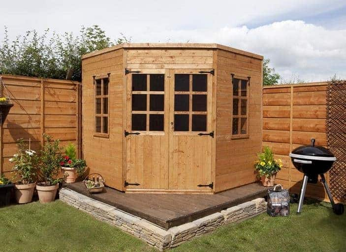 Cheap summer houses who has the best for Affordable garden sheds