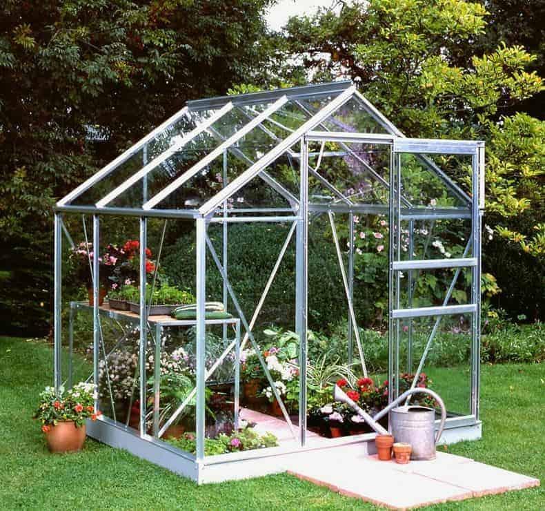 64 x 6'5 Halls Popular 66 Small Greenhouse (1.93 x 1.95m)