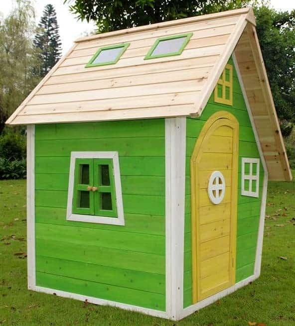 Children play house Nele