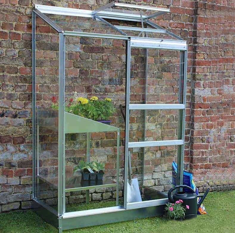 44 x 24 Halls Wall Garden 24 Small Greenhouse (1.32 x 0.69m)